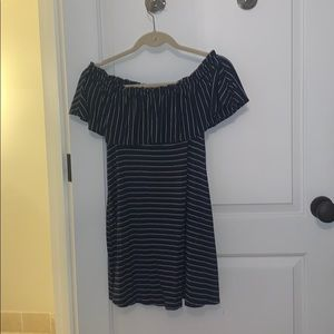 Abercrombie and Fitch off the shoulder dress